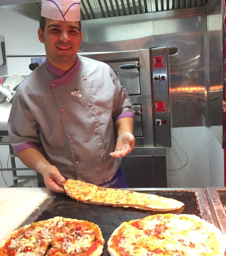 cm6 pizza