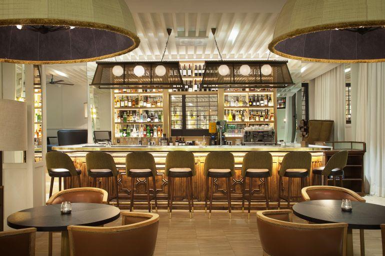camiral bar 2